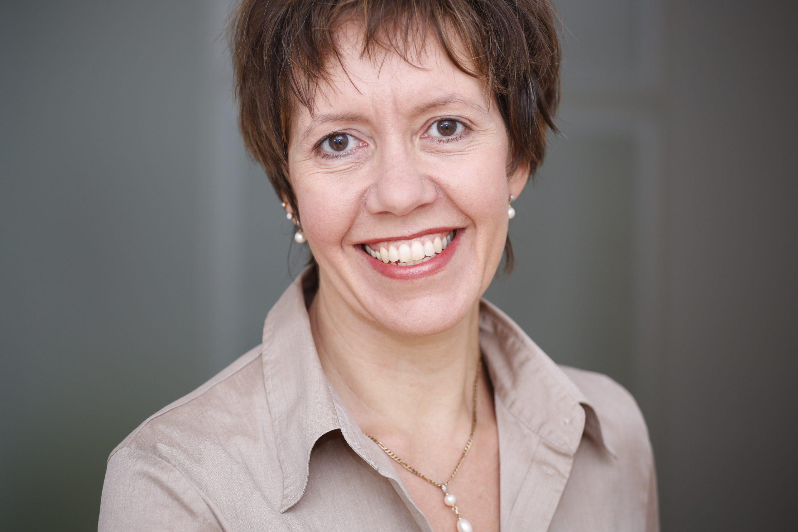 Katja Theunissen, Trainer, Inno-Konkret, Förderungsmöglichkeiten im Onlinehandel